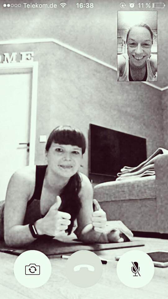 Freeletics Transformation, Marina Müller Facetime mit Freundin