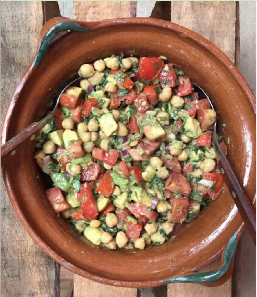 glutenfreier Kichererbsen Salat