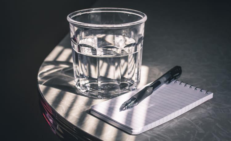 wasser-und-salz-wasserglas
