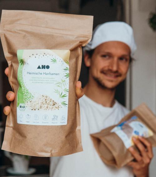 aho.bio raw vegan cracker